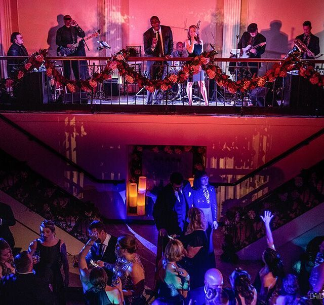 Top wedding band performs at corporate event