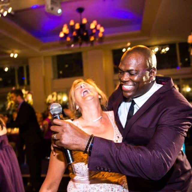 Ray Greene sings with wedding guest Night Shift Entertainment