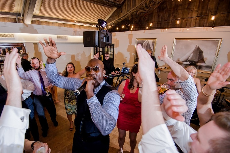 Top wedding band wows the crowd